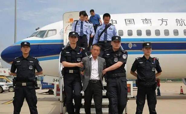 从武汉警方破获的10亿多元虚开的商承汇票涉及主体以及的潜在的法律风险